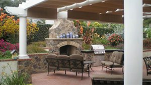 Custom Fireplace Patios & BBQs